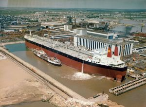 The supertanker Batillus, one of the largest ships ever built.  Large commercial ships produce more noise than those of moderate size and are expected to become more common in the coming decades.  Image from Wikimedia Commons.